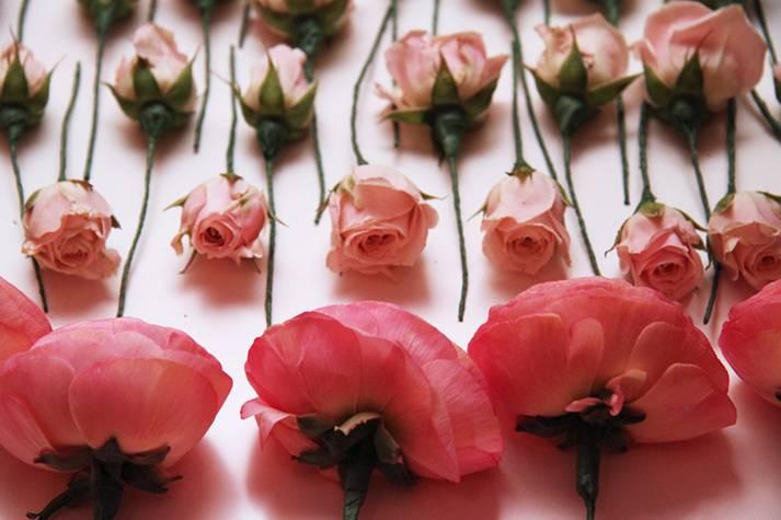 sketch-clarins-gala-diner-composition-florale
