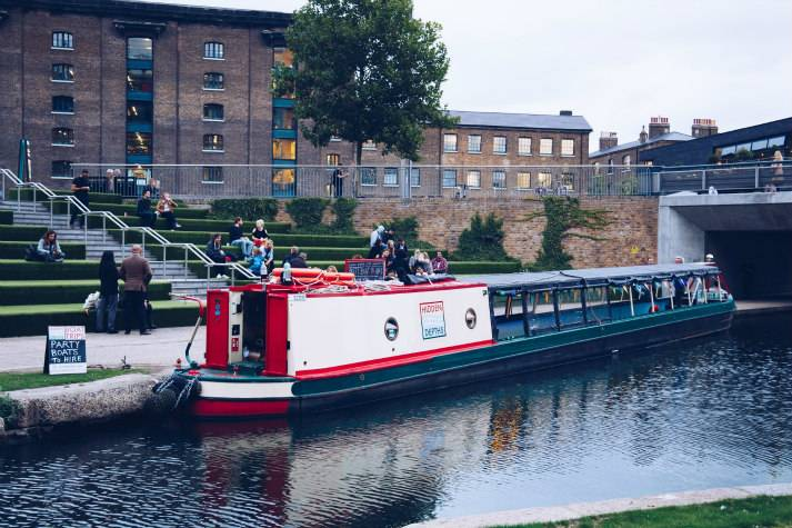 london-incognito-bespoke-events-canal-trip-to-the-islington-tunnel