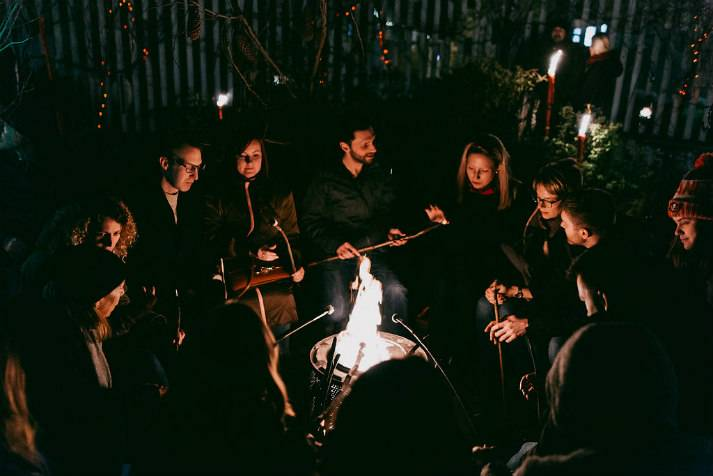 london-incognito-bespoke-events-dinner-by-a-campfire-3